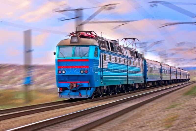 Trem borrado imagens de stock royalty free