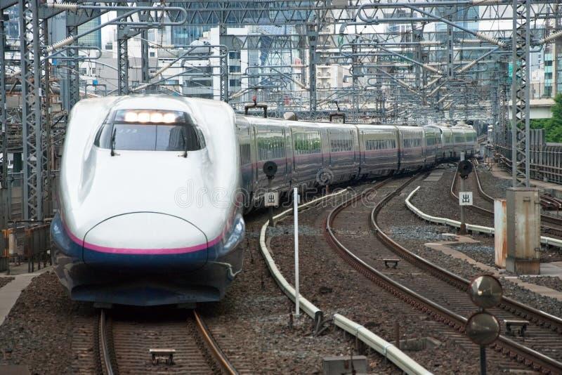 Trem de bala de Shinkansen fotografia de stock royalty free