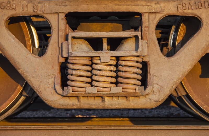 Trem de mercadorias e trilha imagens de stock royalty free