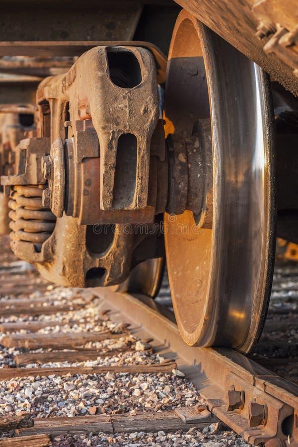 Trem de mercadorias e trilha imagem de stock