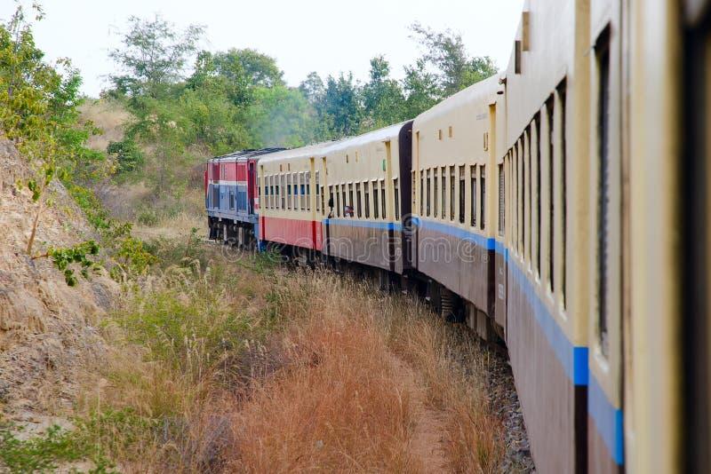 Trem de Myanmar fotografia de stock royalty free