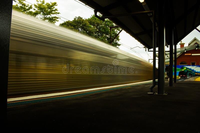 Trem do borrão imagens de stock