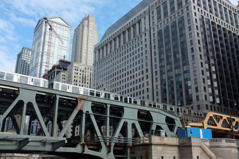 Trem do centro de Chicago imagens de stock royalty free