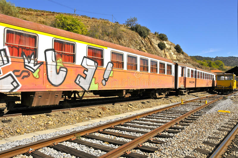 Trem dos grafittis fotos de stock