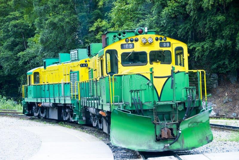 Trem e estrada de ferro fotos de stock royalty free