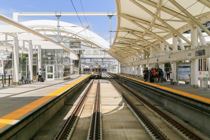 Trem em Denver Union Station fotografia de stock