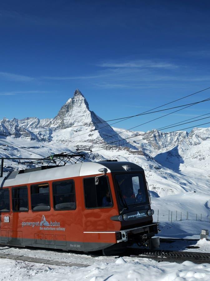 Trem em Matterhorn imagens de stock