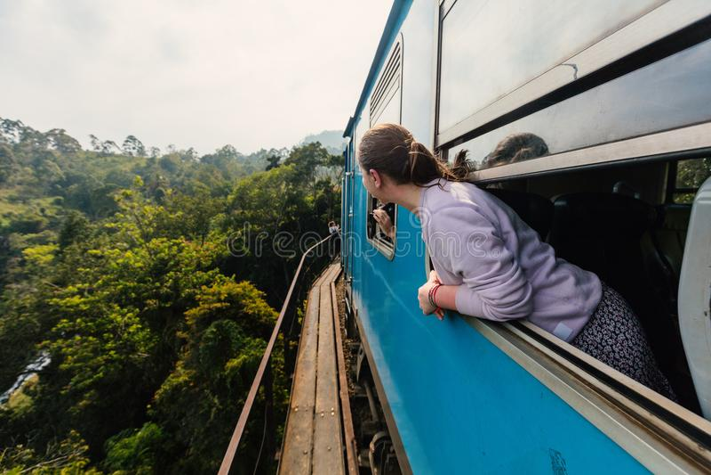 Trem em Sri Lanka imagens de stock