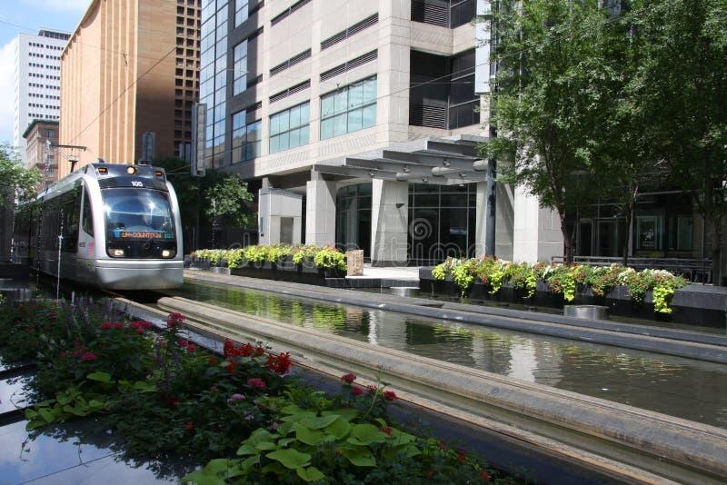Trem leve do trilho em Houston do centro fotografia de stock