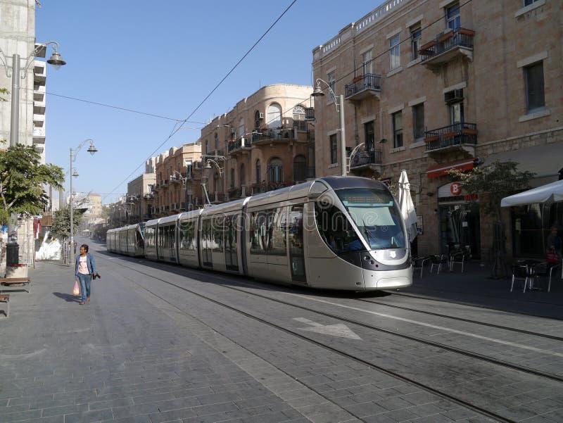 Trem leve do trilho em Jerusalem imagem de stock royalty free