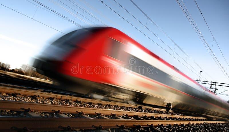 Trem rápido com borrão de movimento fotos de stock royalty free