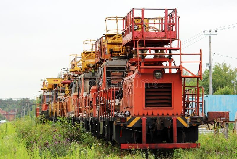 Trem resistente Railway das máquinas que incorpora a estação fotos de stock royalty free