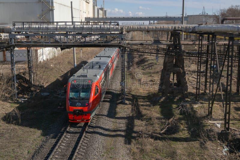 Trem vermelho imagem de stock royalty free