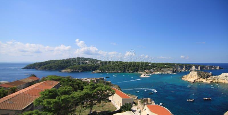 Tremiti wysp San domino od San Nicola Gargano Puglia zdjęcia royalty free