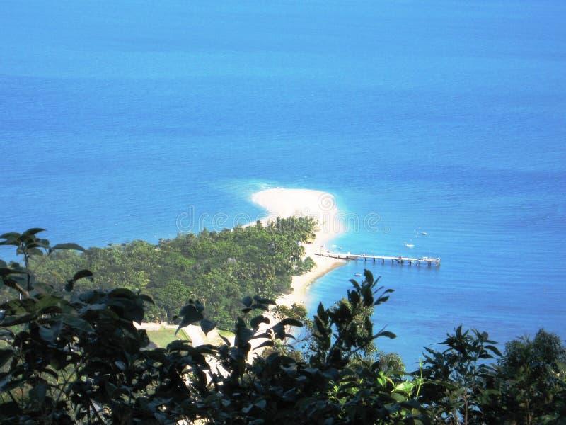 Trempez la jetée d'île photographie stock
