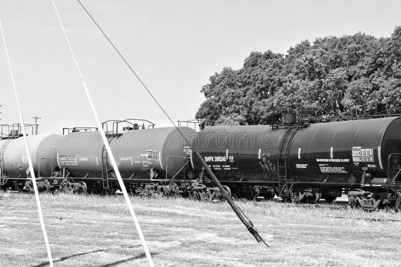 Tren blanco y negro fotos de archivo