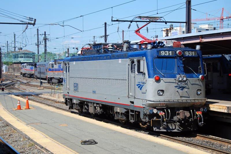 Tren De Alta Velocidad Acela De Amtrak Foto editorial