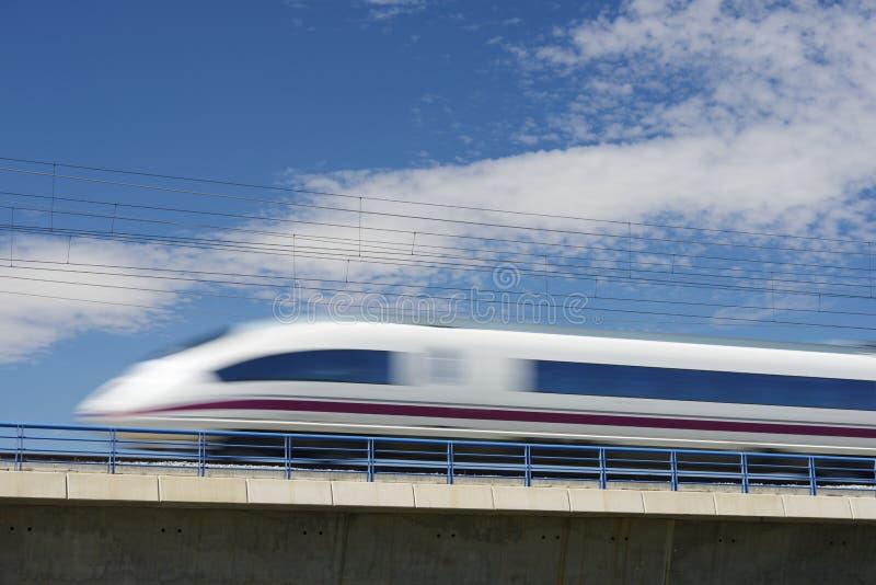 Tren de la avenida foto de archivo