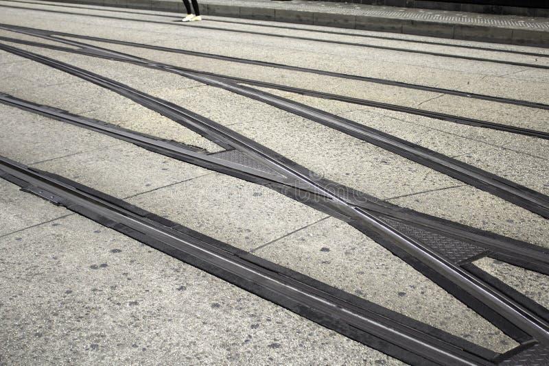 Tren de la vía de los carriles fotos de archivo