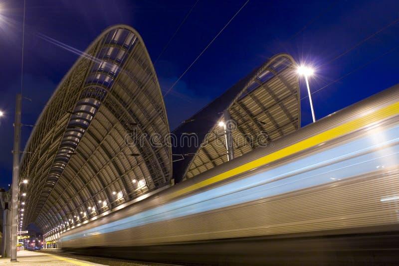 Tren de la velocidad fotografía de archivo