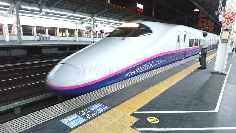 Tren de Shinkansen del japonés foto de archivo