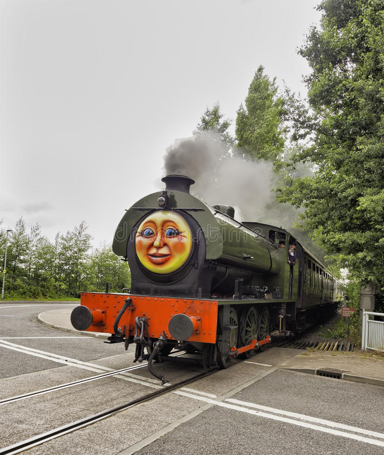 Tren del vapor fotografía de archivo libre de regalías