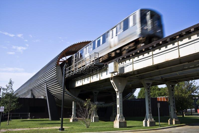 Tren en la estación de IIT fotografía de archivo