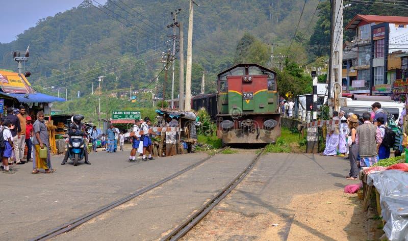 Tren en Sri Lanka fotografía de archivo libre de regalías