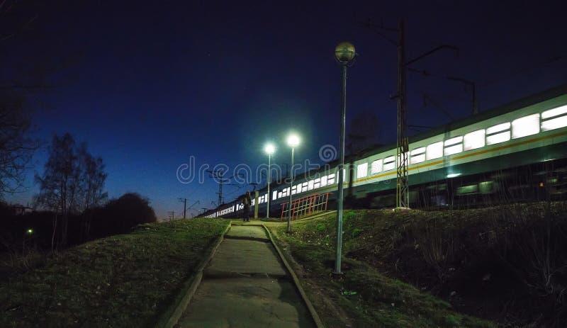 Tren local en Rusia imagen de archivo