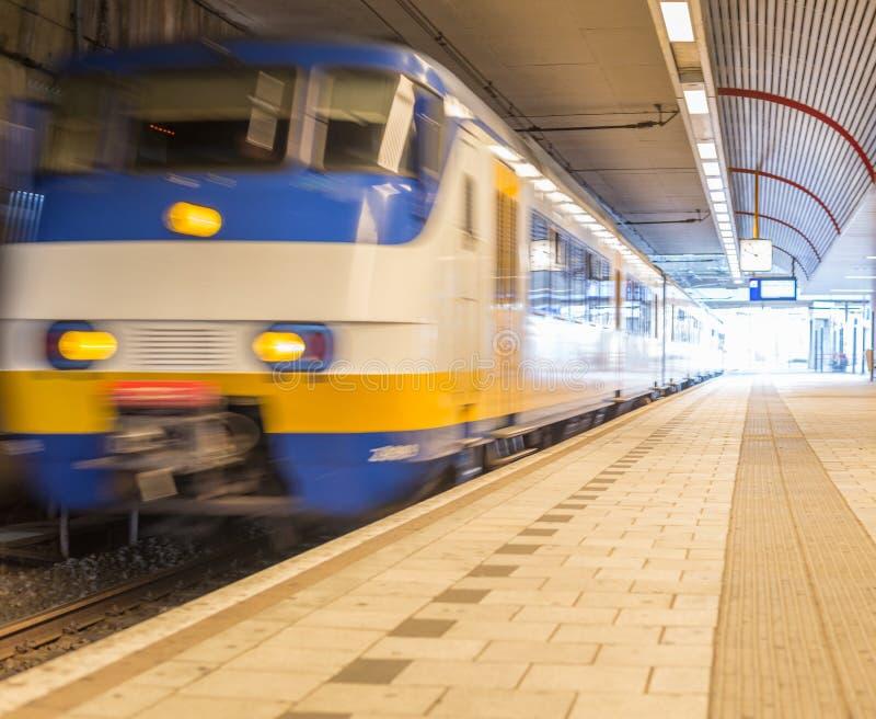 Download Tren móvil foto de archivo. Imagen de velocidad, puerta - 64212522