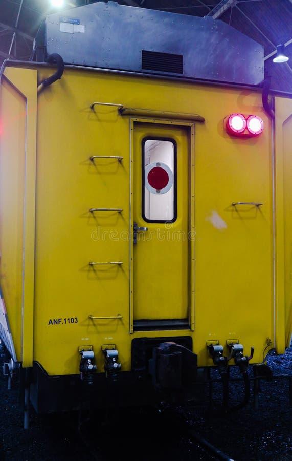 Tren total moderno Bangkok Tailandia para el transporte de los pasajeros imagen de archivo libre de regalías