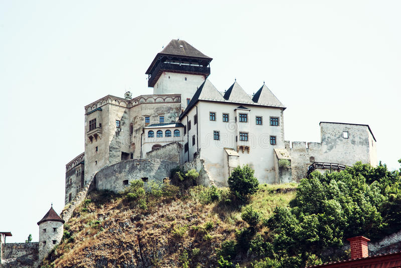 Trencin slott, Slovakien royaltyfri foto