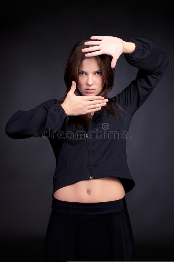 trendigt barn för höftflygturkvinna royaltyfri fotografi