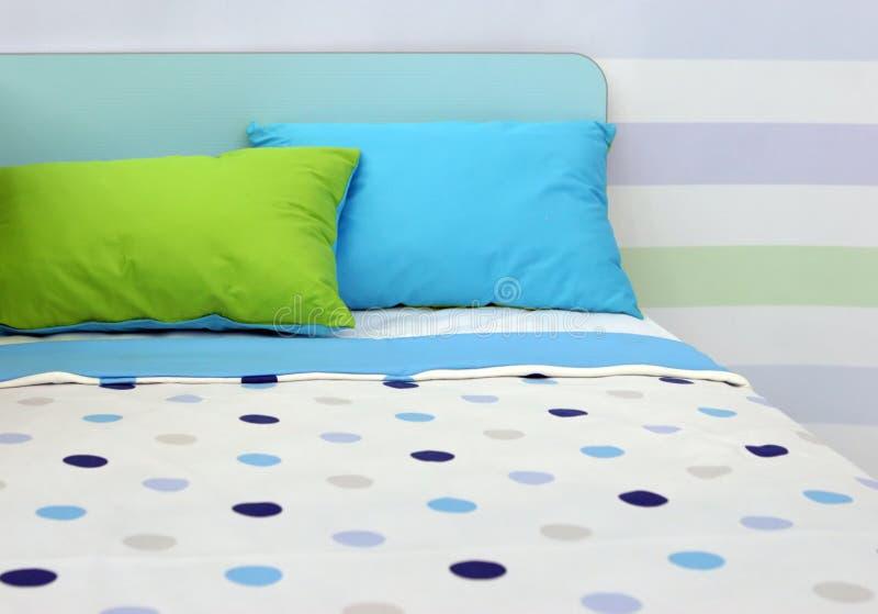 Trendy slaapkamer stock foto