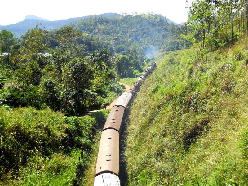 Trenes en Sri Lanka fotos de archivo