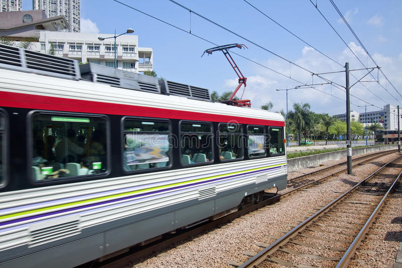 Treno commovente a Hong Kong immagini stock