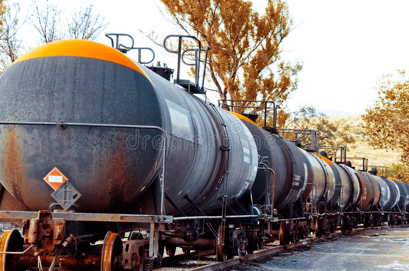 Treno Con Il Carico Dell Olio Fotografia Stock Libera da Diritti