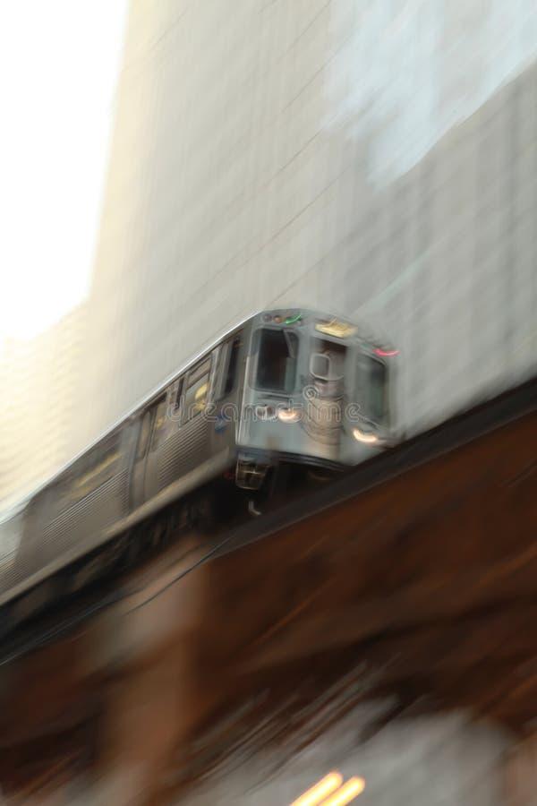 Treno del Chicago nel movimento fotografia stock libera da diritti