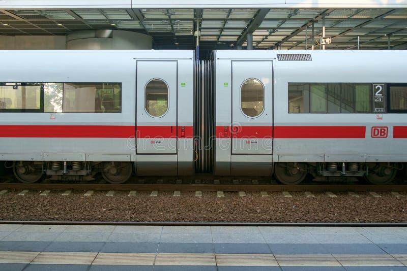 Treno del GHIACCIO a Berlin Station immagine stock libera da diritti