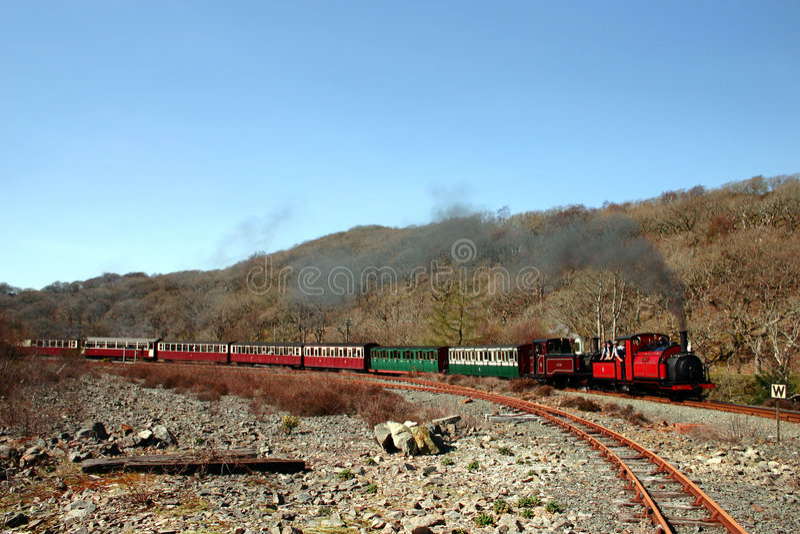 Treno del vapore in montagne 5 fotografie stock libere da diritti