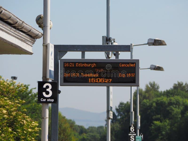 Treno di Edimburgo annullato a Edimburgo fotografie stock libere da diritti