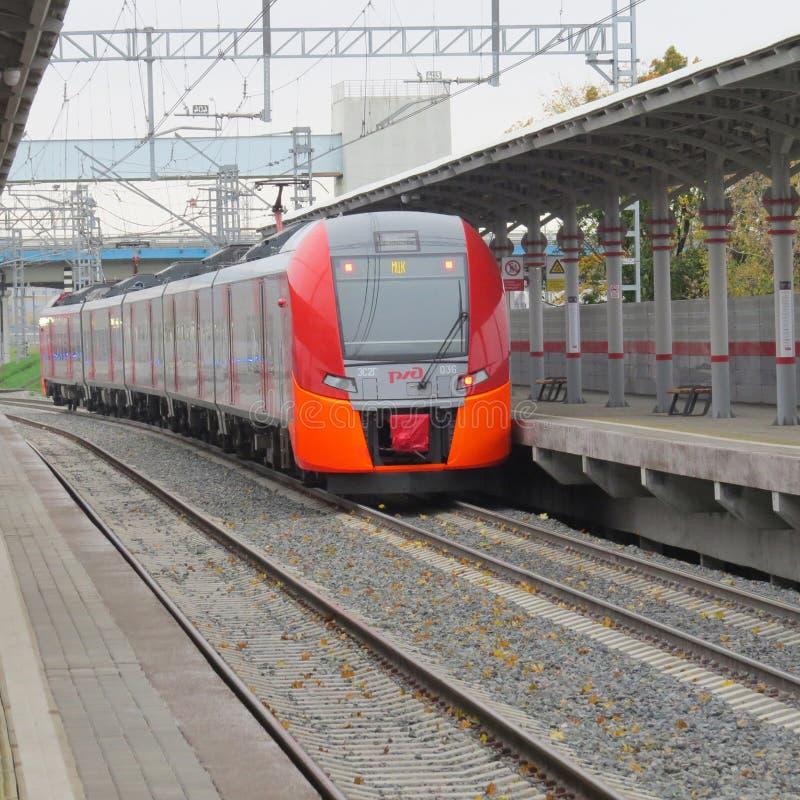 Treno di Lastochka immagini stock libere da diritti