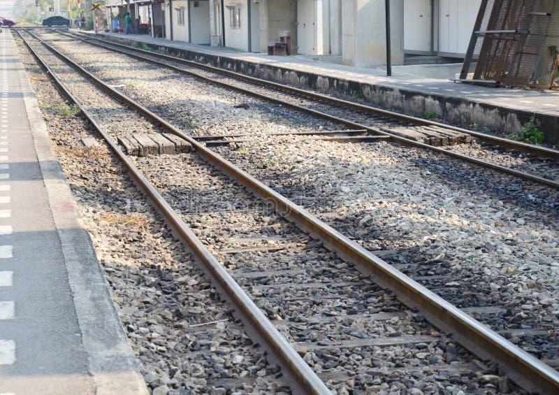 Treno ferroviario alla Tailandia immagini stock