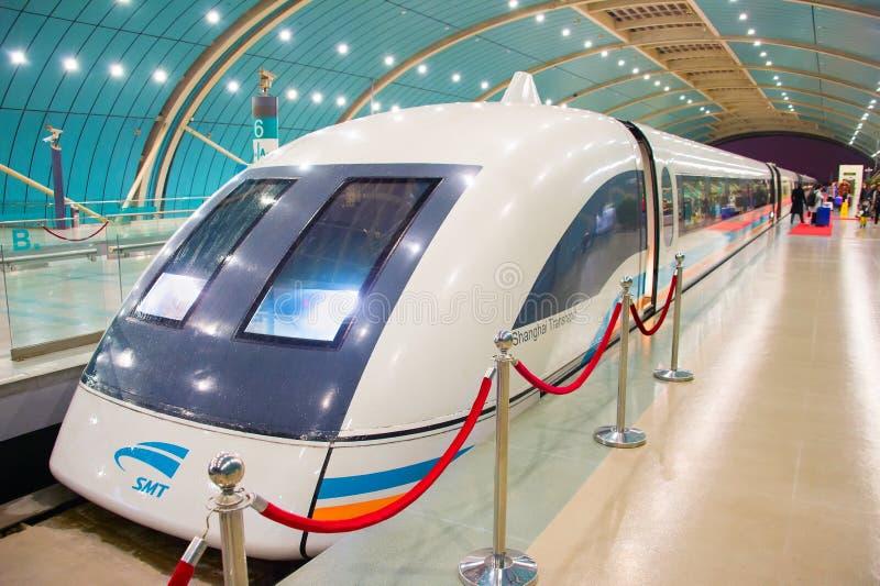 Treno a levitazione magnetica di Shanghai, Cina fotografia stock