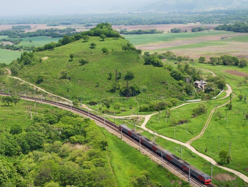 Treno passeggeri. Vista superiore. fotografia stock libera da diritti