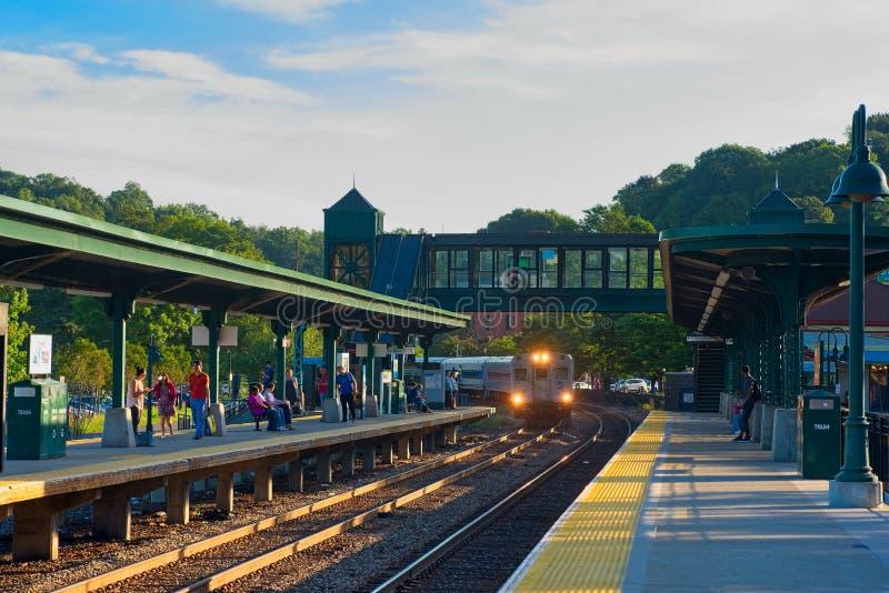 Treno pendolare ricevuto fotografia stock