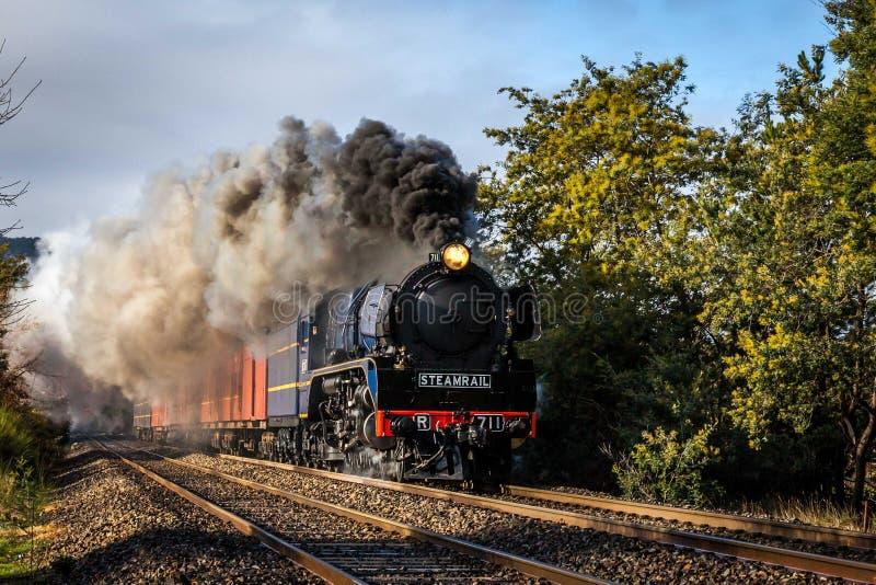 Treno a vapore, Woodend, Victoria, Australia, agosto 2017 fotografia stock libera da diritti