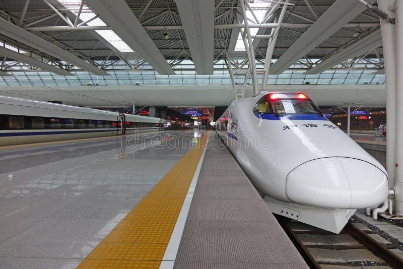 Treno veloce cinese di CRH fotografia stock