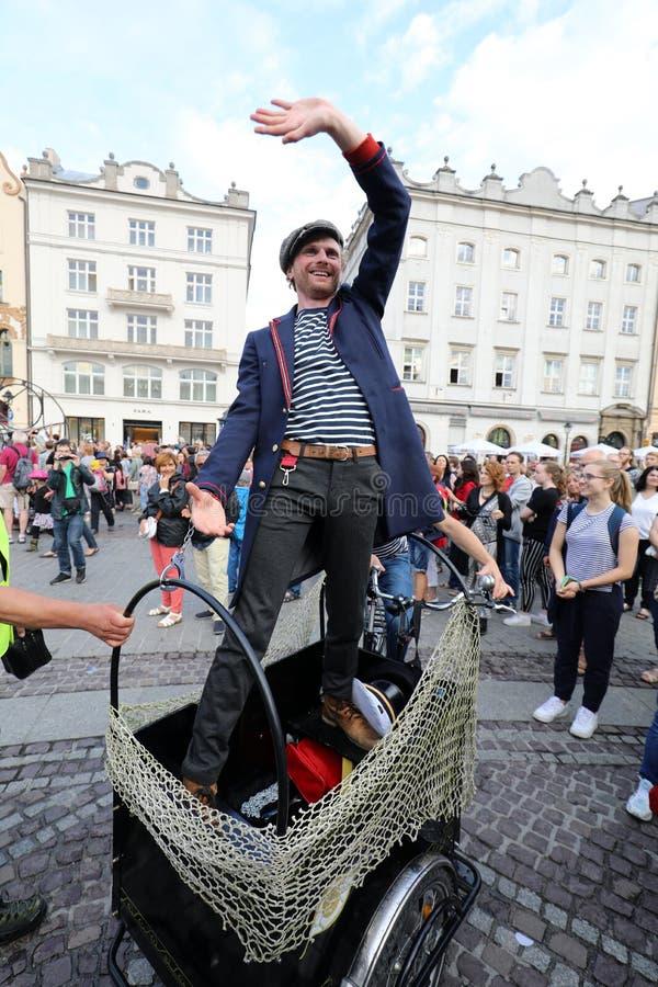 trentesima via - festival internazionale dei teatri della via a Cracovia, Polonia fotografia stock