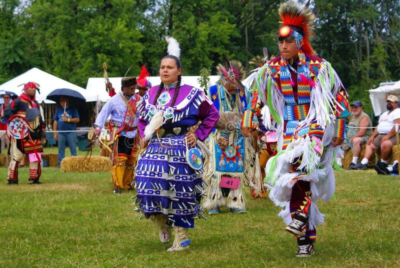 trentesimi Metà dell'estate indiana americana annuale di Thunderbird immagine stock